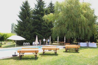 Jusqu'à 150 personnes : côté piscine
